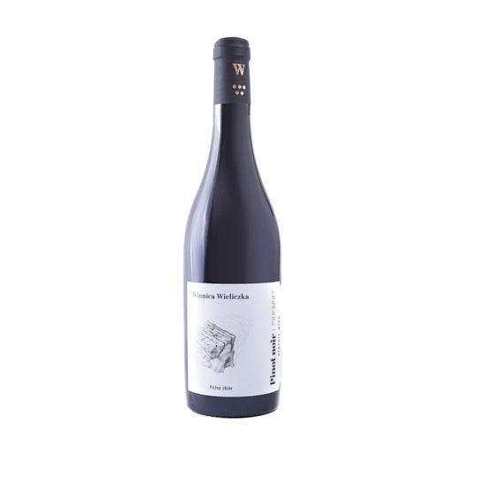 Fotografia produktowa wina Pinot Noir z Winnicy Wieliczka